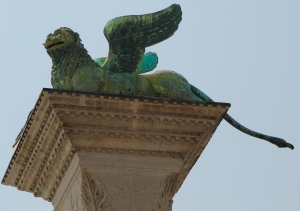 Winged_lion_of_Saint_Mark_Piazza_San_Marco_Venice